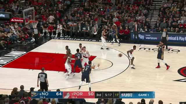 Berita video game recap NBA 2017-2018 antara New Orleans Pelicans melawan Portland Trail Blazers dengan skor 97-95.