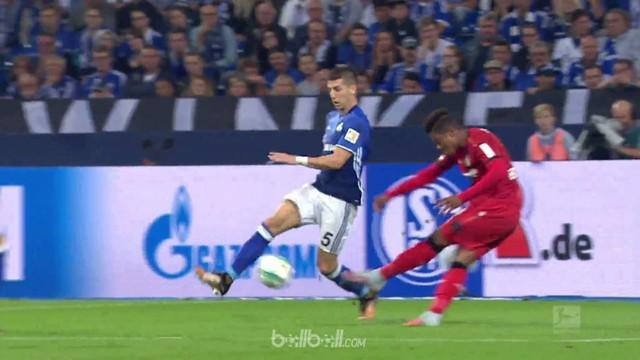 Berita video highlights Bundesliga 2017-2018 antara Schalke melawan Bayer Leverkusen dengan skor 1-1. This video presented by BallBall.