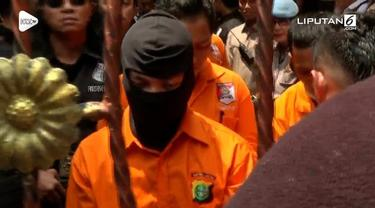 Polda Metro Jaya akan menggelar rekonstruksi atau reka ulang kasus pembunuhan yang menimpa satu keluarga di bekasi hari ini, Rabu (21/11/2018).