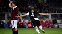 Selebrasi bek Juventus Matthijs de Ligt (AFP)