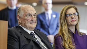 Mengenal Walter Scott, Miliarder Filantropis Sahabat Warren Buffett yang Wafat di Usia 90 Tahun