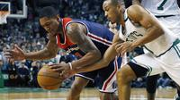 Bradley Beal saat melawan Boston Celtic pada laga Semifinal NBA, Jumat (12/5/2017) (AP Photo/Michael Dwyer, File)