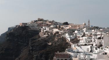 Ilustrasi Santorini