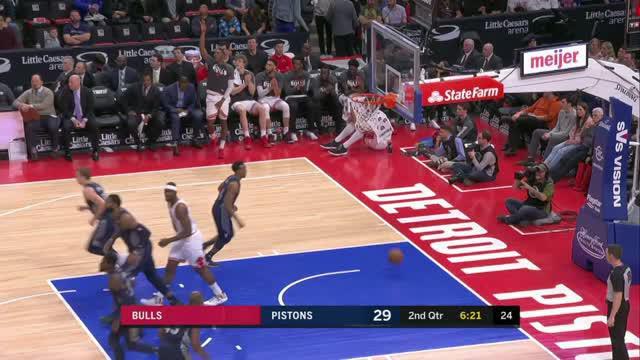 Berita video game recap NBA 2017-2018 antara Detroit Pistons melawan Chicago Bulls dengan skor 99-83.