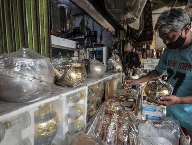 Penjualan Oleh-Oleh Haji di Pondok Gede Anjlok