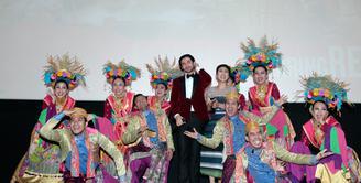 Berbagai peran sukses dibawakan oleh Reza Rahadian. Kini, pria asal Bogor 30 tahun itu membintangi film terbarunya Biang Kerok. Ia berperan sebagai Pengki pria yang sempat diperankan oleh Benyamin Sueb.  (Nurwahyunan/Bintang.com)