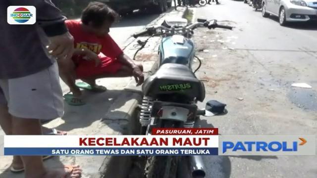 Kecelakaan maut terjadi di Sidoarjo, Jawa Timur. Seorang pengendara sepeda motor tewas terlindas truk akibat terjatuh setelah berusaha menyalip.
