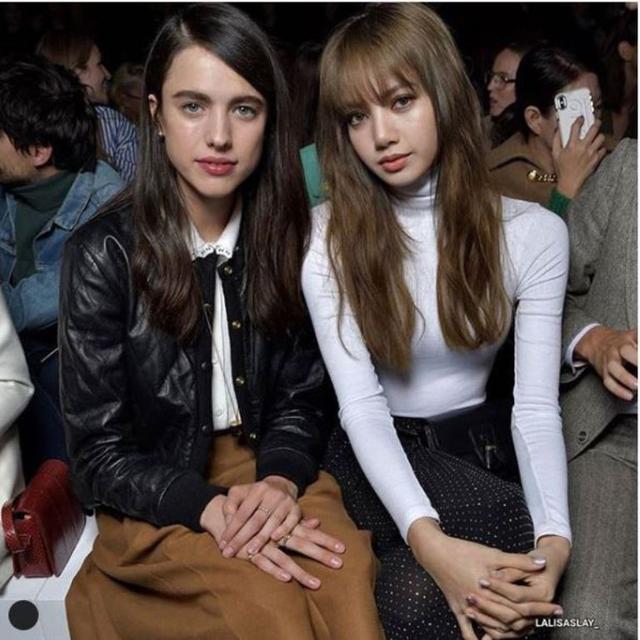Hadiri Paris Fashion Week 2019 Lisa Blackpink Dipuji Bak Barbie Lifestyle Liputan6 Com