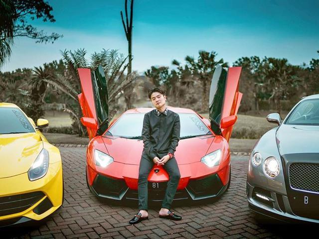 Berharga Miliaran Rupiah Lihat Koleksi Mobil Crazy Rich Surabaya Melvin Tenggara Otomotif Liputan6 Com