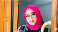 Rina Gunawan (Foto: Instagram/@rinagunawan74)