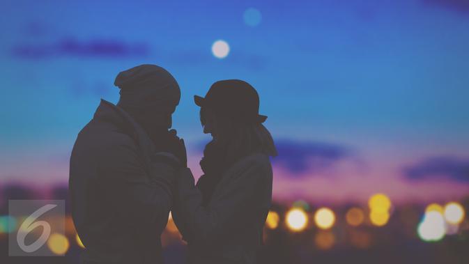 850 Koleksi Gambar Pasangan Romantis Dan Kata Katanya Terbaru