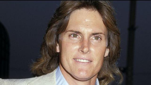 Walaupun Bruce Jenner telah mengakui dirinya sebagai seorang transgender, namun ayah dari Kim Kardashian ini tetap menyukai seorang wanita.