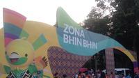 Zona Bhin Bhin, sebuah zona rekreasi selama Asian Games yang terletak di Tenggara Stadion Utama Gelora Bung Karno, Senayan, Jakarta. (Bola.com/Benediktus Gerendo Pradigdo)