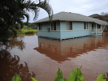 Hawaii Diterjang Banjir dan Tanah Longsor