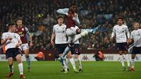 Duel perempat final Piala Liga 2019 Aston Villa vs Liverpool di Villa Park, Birmingham (18/12/2019). (AFP/Paul Ellis)