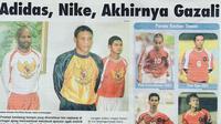 Jersey Timnas Indonesia saat berlaga di Piala Asia 2004. (Bola.com/Rep. Tabloid Bola)