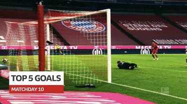 Berita video 5 gol terbaik pekan ke-10 Bundesliga 2020/2021, di dalamnya termasuk yang dicetak wonderkid Bayern Munchen dan Borussia Dortmund.