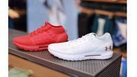 Under Armour mengeluarkan koleksi baru, sepatu HOVR yang punya segudang inovasi. Penasaran?
