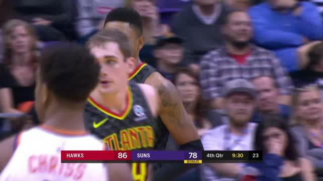 Berita video game recap NBA 2017-2018 antara Phoenix Suns melawan Atalanta Hawks dengan skor 104-103.