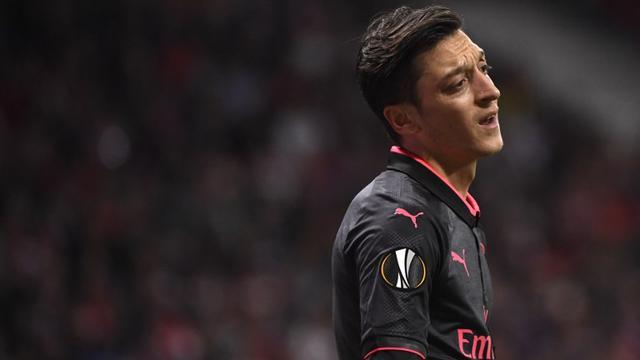 Ozil Diprediksi Hengkang dari Arsenal pada Akhir Musim Ini