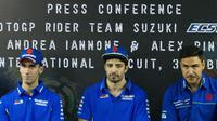 Andrea Iannone dan Alex Rins mengungkapkan keunggulan Suzuki GSX-RR 2018. (Bola.com/Asprilla Dwi Adha)