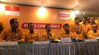 Marsekal Madya (Purn) Daryatmo memberikan keterangan pers setelah ditunjuk menjadi Plt Ketua Umum Hanura (Liputan6.com/Yuni)