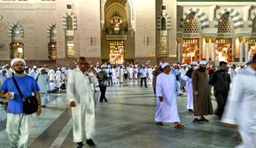 Suasana di Masjid Nabawi, Madinah, Arab Saudi. (Liputan6.com/Wawan Isab Rubiyanto)
