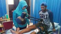 Abdul Rahman, PSM, sedang menjalani terapi