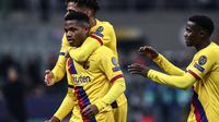 Ansu Fati menjadi pencetak gol termuda di Liga Champions saat menyumbang gol untuk Barcelona ketika lawan Inter Milan (Isabella Bonotto/AFP)