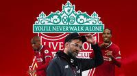 Liverpool - Jurgen Klopp, Fabinho, Virgil van Dijk (Bola.com/Adreanus Titus)
