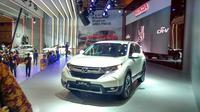 All New Honda CR-V di booth Honda IIMS 2017 (Foto: Rio/Liputan6).