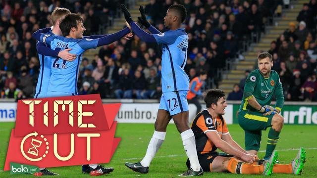 Manchester City berhasil melewati Arsenal dan Liverpool usai menang 3-0 atas Hull City dalam laga Boxing Day Premier League pekan ke-18.