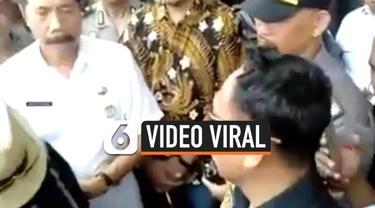 Wali Kota Boekasi Rahmat Effendi membantah pihaknya tunduk pada premanisme atau ormas terkait viralnya video Ormas yang meminta pengelolaan parkir d mini market kepada Pemkot Bekasi.