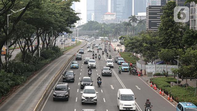 029633300 1599717942 20200910 Jakarta Tarik Rem Darurat  Ganjil Genap Ditiadakan dan Transportasi Umum Dibatasi 2