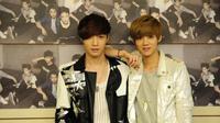 Lay dan Luhan yang masih tetap dekat meski Luhan telah hengkang dari boy band yang membesarkan nama keduanya, EXO.