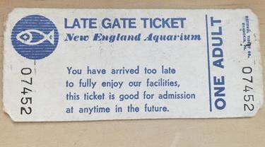 Tiket masuk New England Aquarium di Boston, Amerika Serikat pada tahun 1983. (Photo credit: Rachel Carle via AP)