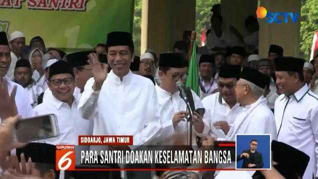 Dalam sambutannya, Jokowi mengajak seluruh santri untuk senantiasa menjaga persatuan dan kesatuan bangsa dengan semangat sumpah pemuda.