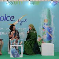 Rejoice hadirkan instalasi pertama dan terbesar untuk dukung perjalanan hijrah para perempuan Indonesia.