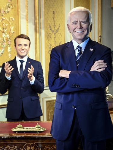 Patung lilin Presiden AS Joe Biden di museum Grevin Prancis