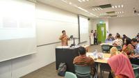 """Workshop on Learner-Centered Experimential Teaching and Learning Approach "" yang diadakan di kampus SPI Singapura, Rabu (4/4/2018)."