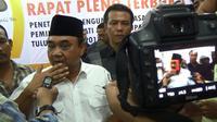 Ketua Umum PWI Margiono usai undian nomor urut Pilkada Tulungagung, Jawa Timur (Liputan6.com/Zainul Arifin)