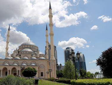 Masjid Akhmad Kadyrov, Pesona di Jantung Chechnya