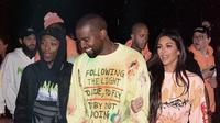 Riwayat kesehatan Kanye membuat Kim meminta suaminya tersebut untuk tdidak bekerja terlalu keras. (instagram/kimkardashian)