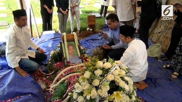 Keluarga Almarhum Eril Dardak menolak jenazah putranya diotopsi.