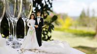 Jangan khawatir, Anda pasti mampu menghadapi masalah apapun yang terjadi di pesta pernikahan. (Foto: thinkstockphotos.com)
