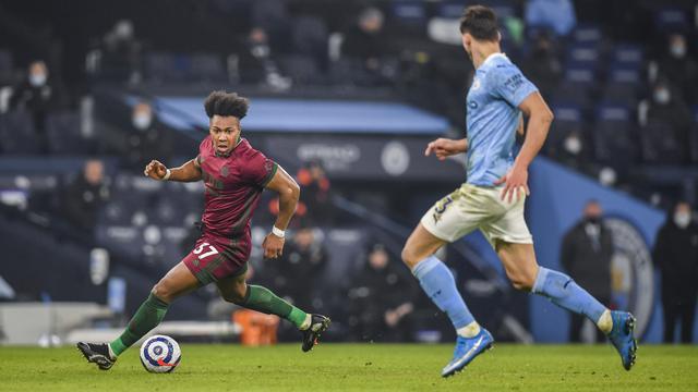 Gabriel Jesus 2 Gol, Man City Sikat Wolverhampton Wanderers 4-1