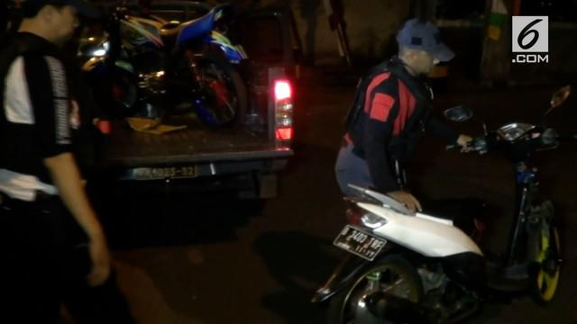 Tim Rajawali Polres Metro Jakarta Timur menggelar operasi balap liar dan geng motor Sabtu (19/8/2017) dini hari di kawasan Jakarta Timur.