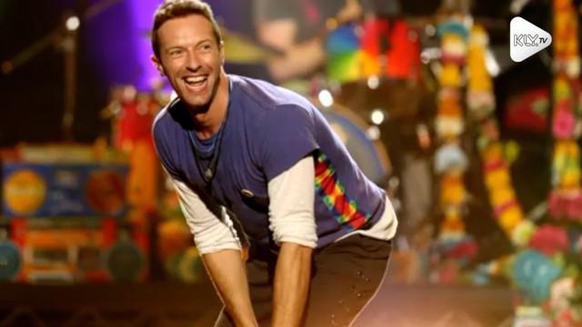 Vokalis Coldplay, Chris Martin, jalani puasa untuk menjaga kebugaran tubuh dan membuat suaranya tetap prima. Ia melakukannya seminggu sekali.