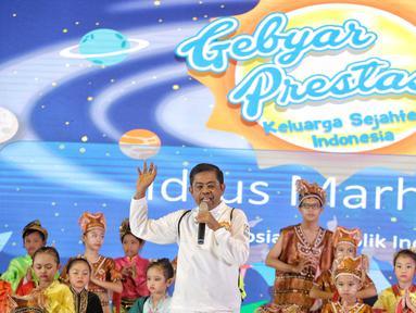 Mensos Idrus Marham memberi sambutan dalam acara Gebyar Prestasi Keluarga Sejahtera Indonesia 2018 di Buperta Cibubur, Jakarta, Minggu (12/8). Anak-anak diharapkan bisa mengaktualisasikan prestasi yang diraih. (Liputan6.com/Faizal Fanani)
