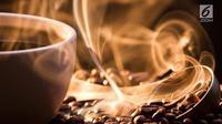 Jika Anda berkesempatan minum kopi di kafe di Austria, maka jangan kaget ketika kopi akan datang bersama air putih. (iStockphoto)